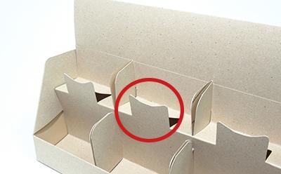 ポストカードやはがき、封筒などを陳列するのに向いている什器