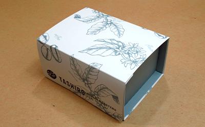 コーヒーパックを入れるおしゃれな包装箱です。